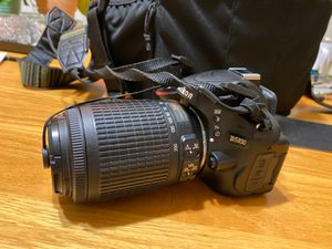 D5100 Nikon camera with 2 lenses and case for Sale in Hermosa Beach, CA