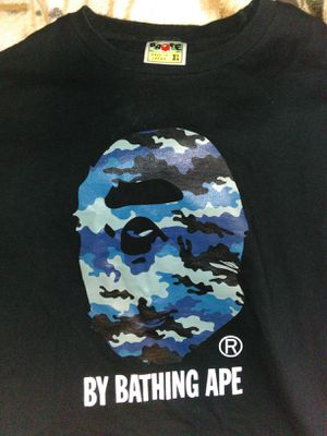 Bape t-shirt size XL for Sale in Fontana, CA