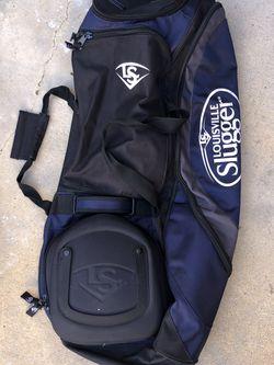 Large Louisville Slugger Travel Bag Baseball Softball for Sale in Chula Vista,  CA
