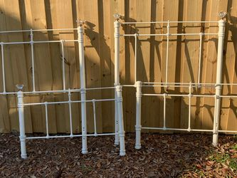 2 Metal Twin Bed Frames for Sale in Casselberry,  FL