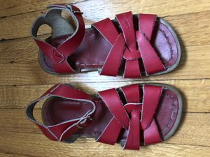 Saltwater leather sandals girls sz 11 Toddler for Sale in Los Angeles, CA