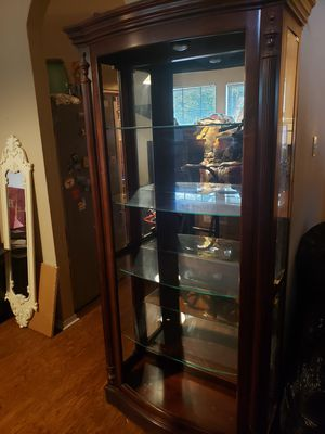 CURIO CABINET for Sale in Leander, TX