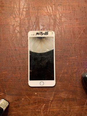 Broken iPhone 6S Plus for Sale in Katy, TX