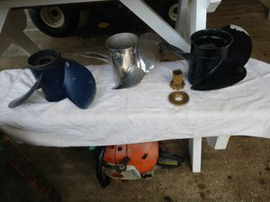 Three boat propellers, 2 stainless [believe the are Suzu for Sale in Elma, WA