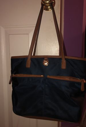 Michael Kors bag for Sale in Lorton, VA