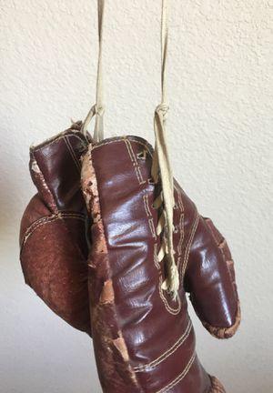 Vintage drayper maynard leather boxing gloves circa 1920-1930 for Sale in Las Vegas, NV