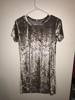 Medium dress for Sale in Lake Oswego, OR