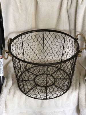 Large wired basket for Sale in Cape Coral, FL