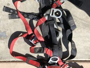 PRO™ Construction Style Positioning Harness Model: 1191210 Back D-ring, hip pad and belt with side D-rings, shoulder pads, tongue buckle leg straps ( for Sale in San Diego, CA