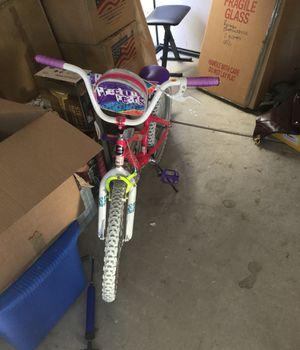 Girls bike for Sale in Moreno Valley, CA
