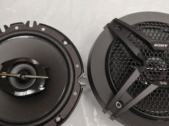 Car speakers: SONY ( 1 Pair ) 6.5 inch 3 way 270 watts car speakers Brand new for Sale in Downey,  CA