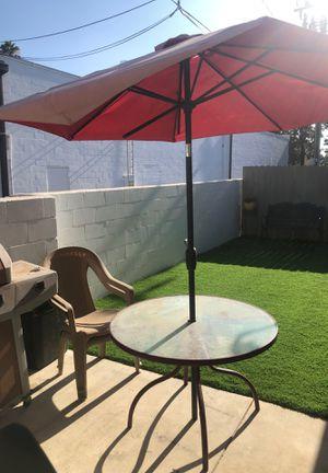 Patio umbrella and table for Sale in Covina, CA