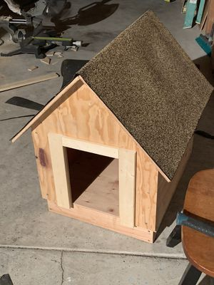 Dog House for Sale in Huntington Park, CA