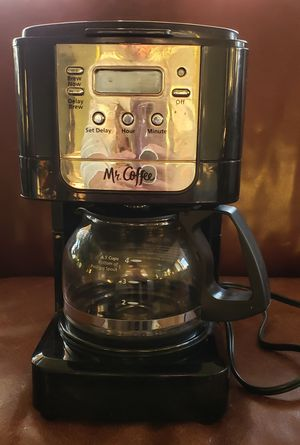 Mr. Coffee (4 cup) Coffee Maker for Sale in Chicago, IL