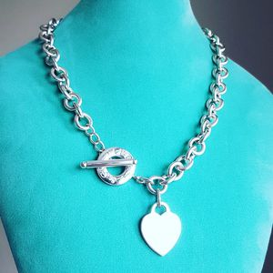 Tiffany&co. Toggle chain choker necklace for Sale in Smyrna, GA