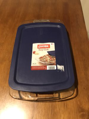 Pyrex Easy Grab dish for Sale in Riverside, CA