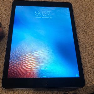 iPad Air 2 Cellular 16gb . Used Only A Few Times . Practically New . Everything Works Great . for Sale in Oregon City, OR