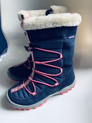 Girls Snow boots size 3 for Sale in Harrisburg, NC
