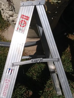 Keller ladder 250 bl 23 for Sale in Lake Forest, CA