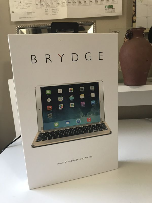 Brydge aluminum key board for iPad Pro 10.5 gold color (Bluetooth)