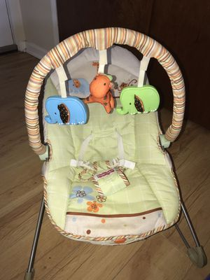 Fisher Price Bouncy Seat for Baby Vibrations for Sale in Orlando, FL