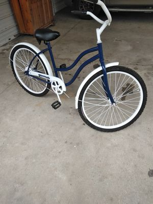 Nice cruiser bike for Sale in Arnaudville, LA