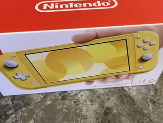 Brand New Yellow Nintendo Switch Lite for Sale in Bothell,  WA