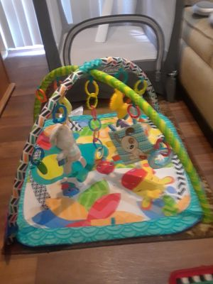Bright Starts Zippy Zoo Activity Gym with 4 Added Hanging Baby Toys for Sale in Traverse City, MI