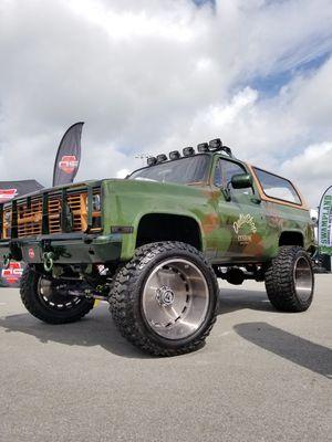Chevy Blazer 86 military Diesel 6.2L for Sale in Miami, FL