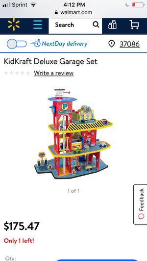 KidKraft deluxe garage for Sale in La Vergne, TN