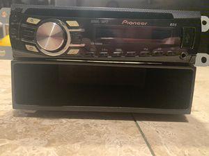 Pioneer DEH-4300UB for Sale in Phoenix, AZ