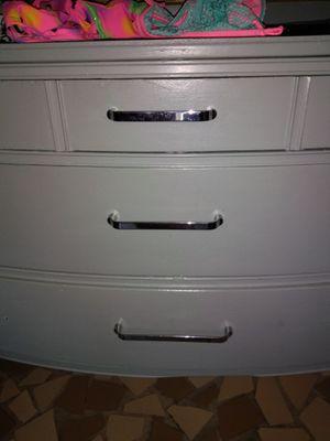 Antique dresser...shabby super cute! for Sale in Tallassee, AL
