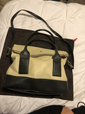 Kate spade large handbag. With garment bag. Used but great condition. Comfortable and versatile. for Sale in Los Angeles, CA