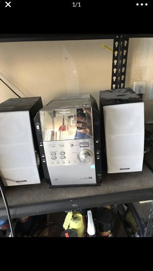 Stereo system works really good for Sale in Auburn, WA