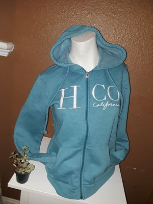 Hollister zip up hoodie size small located in south Sacramento for Sale in Sacramento, CA