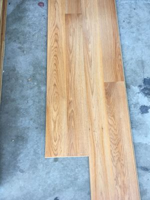 Free wood laminate for Sale in Surprise, AZ