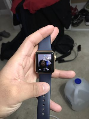 apple watch series 2 38 mm for Sale in Fort Washington, MD