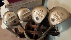 Wilson Oversize Pro Staff Women's Complete Golf Club Set for Sale in Tampa, FL