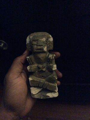 This came from Mexico Pyramid temples very hard to find antique for Sale in Miami, FL