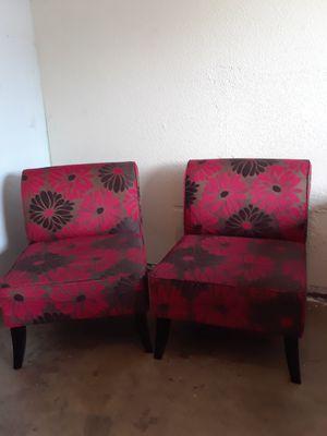 SET 2 SILLAS grandes RED COLOR decorativas for Sale in Manteca, CA