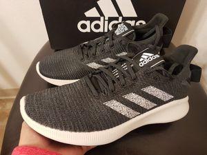 New Adidas SenseBounce (Sz 8.5 Men's) for Sale in Vancouver, WA