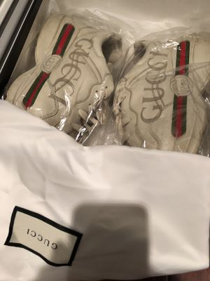 Gucci Shoes Size 9 for Sale in Silver Spring, MD