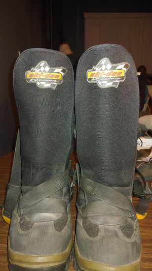 Snowmobile boots size 11 for Sale in Madison Heights, MI