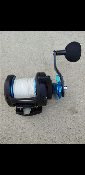 Diawa saltist 40h ( Spool with 80 pound braid. 6.4 gear ratio reel. Works great nothing wrong with it) for Sale in Baldwin Park, CA