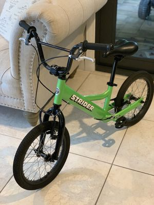 Lightly used Green Strider 16 inch No-Pedal Balance Bike, Ages 6 to 10 Years for Sale in Pompano Beach, FL
