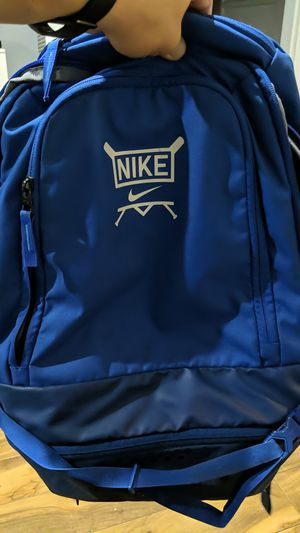 Nike baseball backpack used 15$ no holes for Sale in Santa Fe Springs, CA