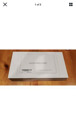 Digital Photo Frame IPS display 8 inch Screen. New open box for Sale in Murfreesboro, TN