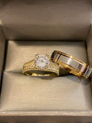 18K Gold plated Shiny MatchingRing Set- Code YL10 for Sale in Seattle, WA