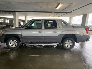 Chevy Avalanche for Sale in Tampa, FL