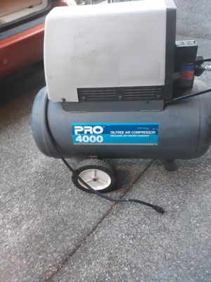 DeVilbiss pro4000 compressor for Sale in Tacoma, WA